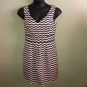 White House Black Market Black/white zigzag dress